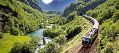 A Ferrovia de Flåm em Høga, Noruega - Foto: Morten Rakke