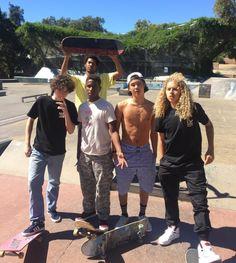 Belly Dancing Classes In Ri 2245683096 Skater Kid, Skater Girls, Beautiful Boys, Pretty Boys, Cute Boys, Shay Mitchell, Jaden Smith, Millie Bobby Brown, Skates