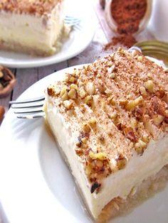 Greek Ekmek Kataifi - Syrupy Shredded Pastry And Cream Dessert - Greek desserts - Greek Sweets, Greek Desserts, Layered Desserts, Greek Meals, Frozen Desserts, Ekmek Kataifi Recipe, Kataifi Pastry, Filo Pastry, Food Truck Desserts