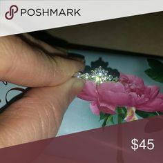 New Beautifull 18k Gold Fill Swarovski  Ring sz 7 New with box Swarovski Ring 18k white gold fill. Swarovski Jewelry Rings
