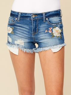 Shop bottoms at Altar'd State. From flirty skirts to fashion-forward denim, we've got a range a looks every style. Distressed Denim Shorts, Sexy Shorts, Cotton Shorts, High Waisted Shorts, Cute Girls, Summer Outfits, Pants For Women, My Style, Clothing