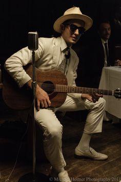 Sweetest Hippopotamus - on set of independent film shoot - depression era musician, Suitcase Sam   Photo by Michael Helmer.