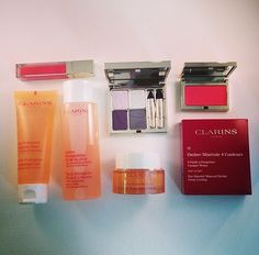 "It's our ""Ultimate @Clarins Canada Collection"" Win this skincare + beauty set! To enter, follow @Dave Lackie & RT pic.twitter.com/aMmqPRUCE6"