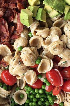 12 TASTY AVOCADO RECIPES :: Summer Avocado Pasta Salad