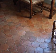 Antique Hexagons - Francois & Co. Unique Flooring, Stone Flooring, Kitchen Flooring, Flooring Ideas, Hexagone Tile, Terracota Floor, Spanish Tile Kitchen, Earthy Home Decor, Red Floor
