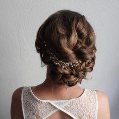 Updo hairstyle , bridalhair , Brautfrisur , Brautschmuck , headpiece , Kopfschmuck