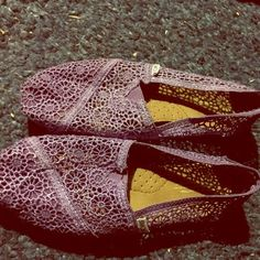 Purple lace toms Brand new purple lace. Open to offers. Too big on me size 8.5 has a sparkle to them too, limited edition will lower price if interested TOMS Shoes Flats & Loafers
