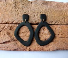 Diy Clay Earrings, Clay Jewelry, Etsy Earrings, Earrings Handmade, Dangle Earrings, White Earrings, Statement Earrings, Minimalist Earrings, Making Ideas