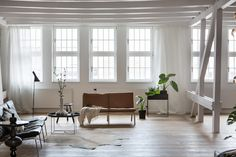 my scandinavian home: This Modern Loft in Berlin Could Be Yours / Fantastic Frank.