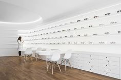 Image 2 of 34 from gallery of Optical Pitães / Tsou Arquitectos. Photograph by Ivo Tavares Studio Pharmacy Design, Optical Shop, Showroom Design, Cool Store, Photo Wall, Architecture, Gallery, Interior, Reference Images