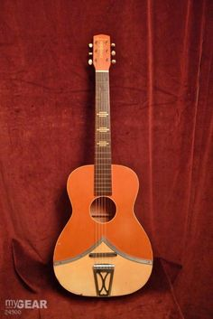 Vintage mid-50's Harmony Colorama guitar Archtop Guitar, Acoustic Guitars, Music Guitar, Cool Guitar, Left Handed Acoustic Guitar, Harmony Guitars, Bass Amps, Senior Project, Beautiful Guitars