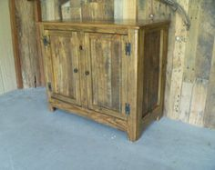 Reclaimed pallet wood nightstand by UpTheCreekRustic on Etsy