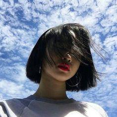girl, ulzzang, and hair image Mode Ulzzang, Ulzzang Korean Girl, Ulzzang Short Hair, Girl Short Hair, Short Girls, Estilo Beatnik, Japonese Girl, Mode Kawaii, Vetement Fashion
