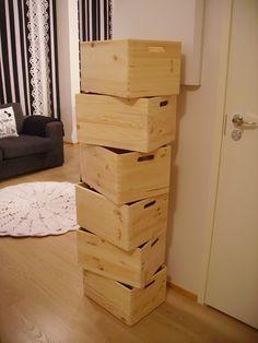 Tee-se-itse-naisen sisustusblogi: Puulaatikoista kirjahylly - laatikot Bauhausista