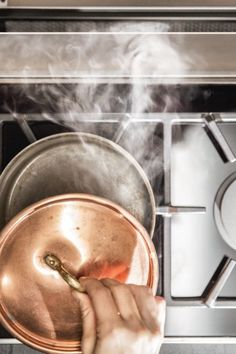 Der NEFF Kochfeldabzug ist als Umluft- und Abluft-Variante erhältlich.