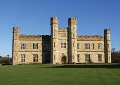 Leeds Castle Entrance