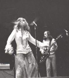Big Brother and the Holding Company. (love Janis' face)
