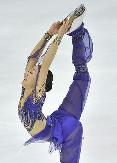 figure skating Scheherazade MAO ASADA biellmann spins   Flickr