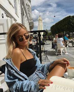 "12 m Gostos, 81 Comentários - Josefine H. J (@josefinehj) no Instagram: ""☕️ in the sun"""