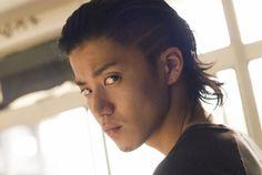 Genji Crows Zero, I Like Him, Shun Oguri, Boys Long Hairstyles, Epic Art, Big Photo, Japanese Boy, Asian Actors, Asian Style