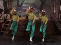 """The Nicholas Brothers perform """"Be A Clown"""" with Gene Kelly (The Pirate)"""