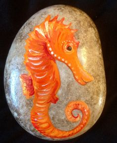 Hand+painted+rock+seahorse+by+Cobblecreatures+on+Etsy