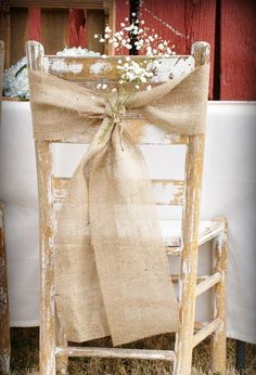 Looking for hessian wedding ideas We have pulled together our all time favourite ideas for weddings using hessian and burlap. Browse over 40 hessian wedding ideas below. Burlap and hessian Hessian Wedding, Wedding Rustic, Rustic Weddings, Lace Wedding, Vintage Weddings, Elegant Wedding, Country Weddings, Shabby Chic Wedding Decor, Trendy Wedding