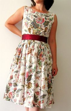 Floral dress. Cute for a Florida Christmas :)