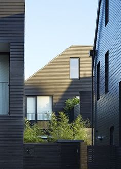 Image 11 of 40 from gallery of Newhall South Chase / Alison Brooks Architects. Photograph by Paul Riddle Form Architecture, Residential Architecture, Villas, Alison Brooks, Linden Homes, Green Apartment, Urban Village, Wood Facade, Timber Cladding