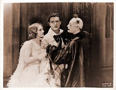 Lon Chaney, John Gilbert, and Norma Shearer in a scene from He Who Gets Slapped, 1924 Vintage Movie Stars, Classic Movie Stars, Classic Movies, Vintage Movies, Silent Screen Stars, Silent Film Stars, Old Hollywood Glamour, Hollywood Walk Of Fame, Classic Hollywood