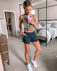 Athleisure Outfits, Sporty Outfits, Mom Outfits, Sporty Style, Athletic Outfits, Stylish Outfits, Summer Outfits, Cute Outfits, Fashion Outfits