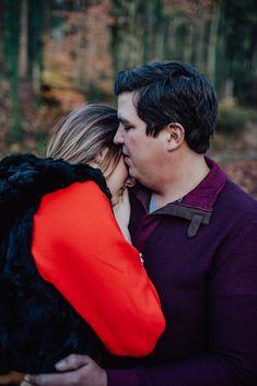Mehr Bild Ideen in unserem Blogbeitrag über das Shooting.  Viel Spaß #engagement #verlobung #paarshooting About Me Blog, Couples, Couple Photos, Photo Illustration, Engagement, Ideas, Couple Shots, Romantic Couples, Couple