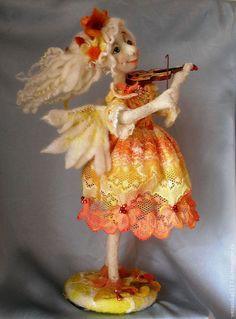 """Купить Авторская кукла из шерсти """"Осенний ангел"""" - кукла в подарок, валяная кукла, Ангел хранитель"""
