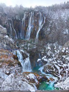 Plitvice Lakes Croatia - amazing place to visit in winter ❄️☃️ #Plitvice #Croatia #travel #waterfall