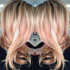 @shaninleigh Rose gold blonde. So pretty if only my hair would go light lol