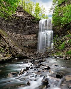 Chasing waterfalls across the city is a must-do during any summer visit to Hamilton. We're home to more than 100 waterfalls tucked behind the trails of the Niagara Escarpment that cuts through the city. Albion Falls, Famous Waterfalls, Largest Waterfall, Tourism Website, Natural Playground, Blurred Lines, Hiking Trails, Geology