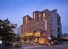 Gallery of BomBom Boutique Hotel / Architecture Studio YEIN - 3