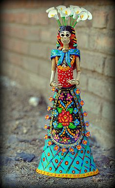 Catrina. Amazing pottery art. #dayofthedead #mexico
