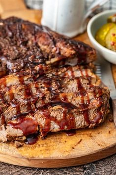 This Beef Brisket recipe is perfect any time of year. You can make BBQ brisket in the oven for a super tender, delicious result. This oven baked brisket is made even better with my special BBQ brisket sauce! Oven Baked Brisket, Bbq Beef Brisket Recipe, Bbq Brisket, Brisket In The Oven, Beef Recipes, Cooking Recipes, Spinach Recipes, Chicken Recipes, Thanksgiving Side Dishes