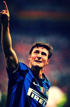 Javier Zanetti Football Fever, Football Art, Vintage Football, Soccer League, Football Players, Chelsea, Best Player, Dream Team, We The People