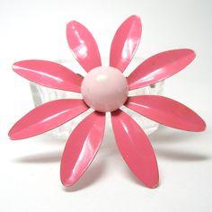 1960's Flower brooch