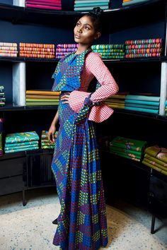 To launch the first collection of 2018, VIP customers were specially invited to the Vlisco boutiques in Lagos and Abuja and got the opportunity to see the new collection interpreted into elegant outfits designed by House of Marie and Reedas.