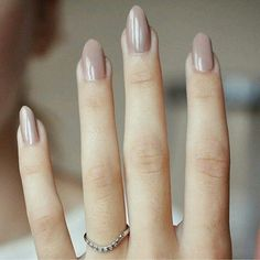 Here are the best nail polish you can use right now, they are very cheap to buy and gives the finger gorgeous look than ever. no matter what type of finger nails you have there is a polish that fits that nail and you will find it her. Cute Nails, Pretty Nails, Classy Nails, Elegant Nails, Gorgeous Nails, Sophisticated Nails, Amazing Nails, Hair And Nails, My Nails