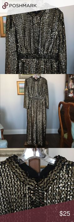 "Vintage Gold Sequined Gown size M This is a knockout!! Vintage black gown covered in gold sequins ⭐️⭐️⭐️ I'd say from the measurements it's a medium, although the tag says otherwise. Pointed Peter Pan collar, 20"" slit up the front center (va va voom!), zips up in the back, and fully lined. No weird smells!😊 In gorgeous condition. Bust 40"", waist 30"", length 56"".⭐️ Dresses"