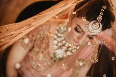 Looking for Bridewith peach dupatta as veil? Browse of latest bridal photos, lehenga & jewelry designs, decor ideas, etc. Wedding Vendors, Wedding Blog, Wedding Photos, Plan Your Wedding, Wedding Planning, Lehenga Jewellery, Online Wedding Planner, Indian Jewelry Sets, Indian Bridal Outfits