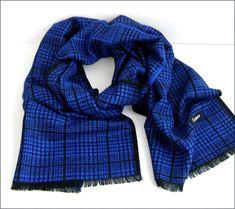 d8176b383ccd Blue black Cashmere, man scarf wrap - Écharpe Homme Luxe -  Bleu-indigo noir, carreaux tendance - Cachemire