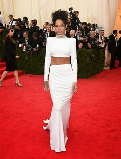 Nikole DeBell Beauty: Favorite Looks From The MET Gala 2014 Rihanna Stella McCartney