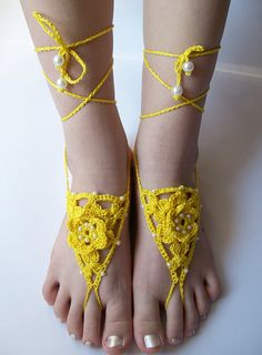 f74368af9e705d yellow crochet Bidal Barefoot Sandals