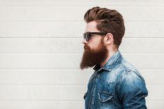 beard shaping with beard comb
