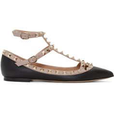 Valentino Black Rockstud Cage Flats (551.295 CLP) ❤ liked on Polyvore featuring shoes, flats, black, ballet shoes, black ballet flats, ballet flat shoes, black pointy toe flats and valentino shoes